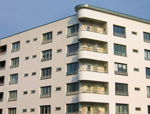 Regularizacion de empleo y deduccion de IRPF sobre vivienda