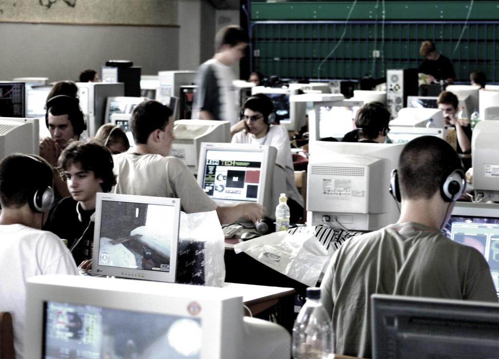 Regulacion de prácticas no laborales en empresas